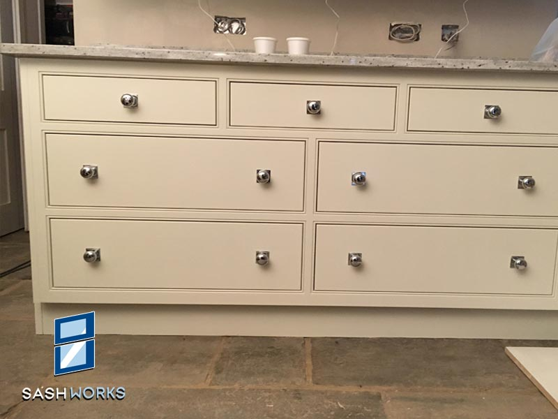 Fitted furniture installations